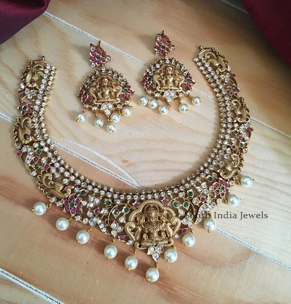 Elegant Lakshmi Pendant Necklace with Earrings