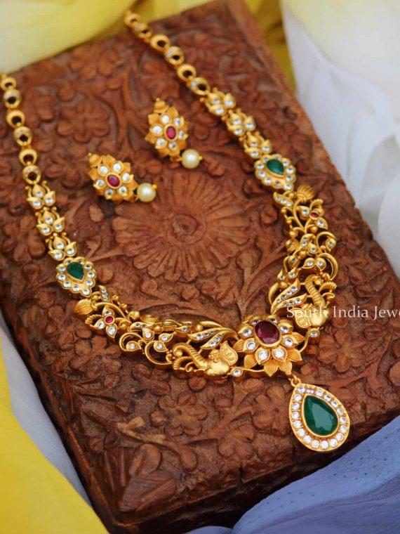 Beautiful Matte Finish Floral Design Necklace