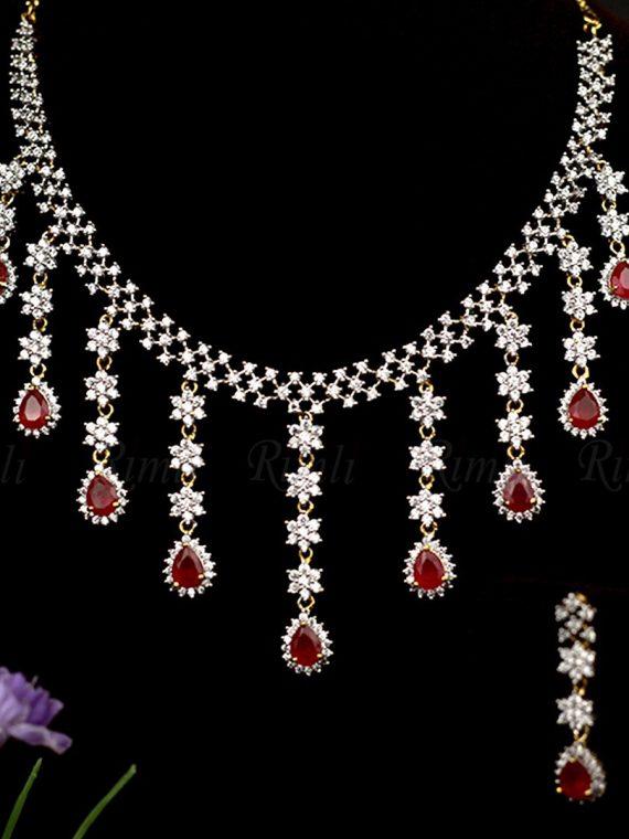 Beautiful Chandelier Designer Necklace Set