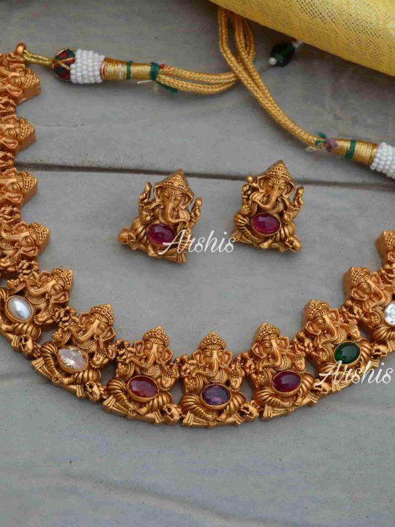 Elegant Ganesha Design Navarathna Necklace