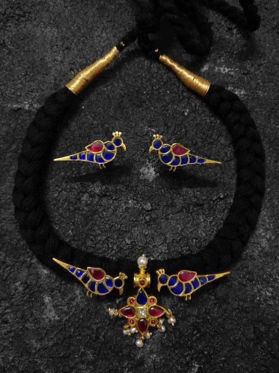 Handmade Blue Parrot Design Thread Chocker Set