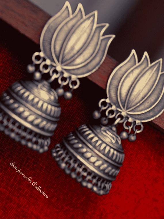 Lotus Design Choker With Jhumkas