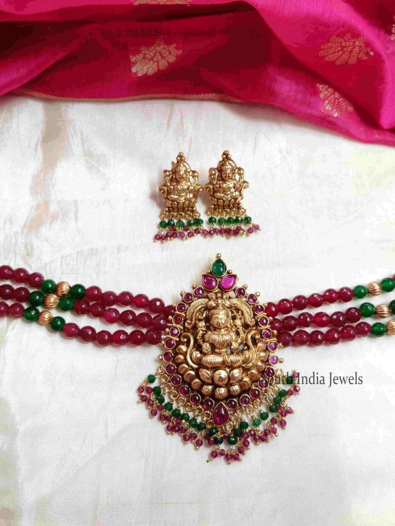 Lakshmi Pendant Beads Choker With Earrings