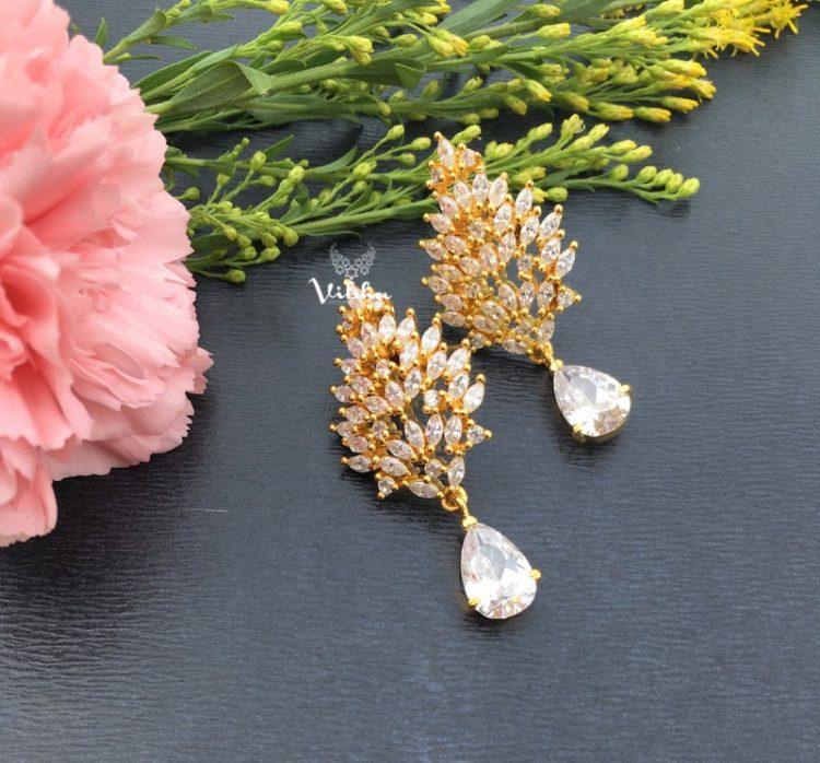 Adorable Leaf Designer Earrings-01