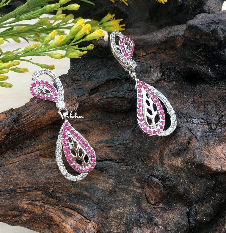 Beautiful Cute & Chic Dangler Earrings-01
