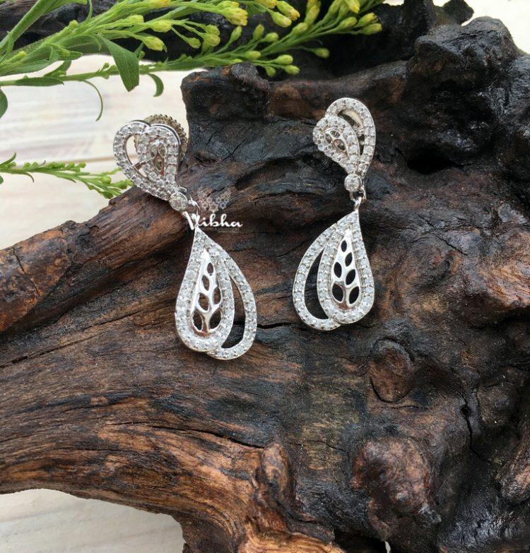 Beautiful Cute & Chic Dangler Earrings-09