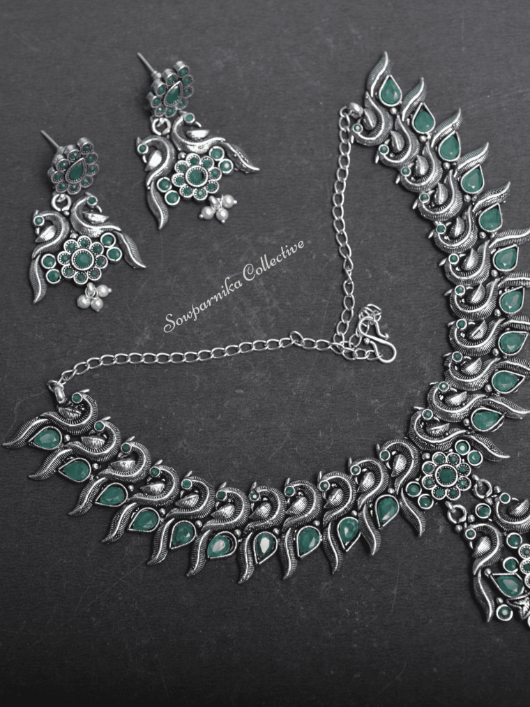 Beautiful Green & Blue Stones Peacock Design Necklace-01