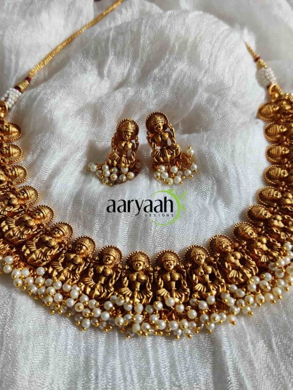 Cluster Pearl Traditional Lakshmi Choker-01