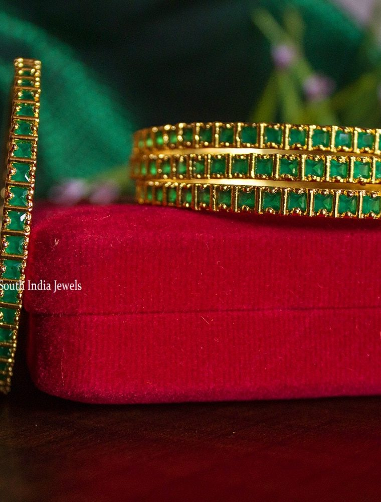 Traditional Emerald Stone Four Set of Bangles-01