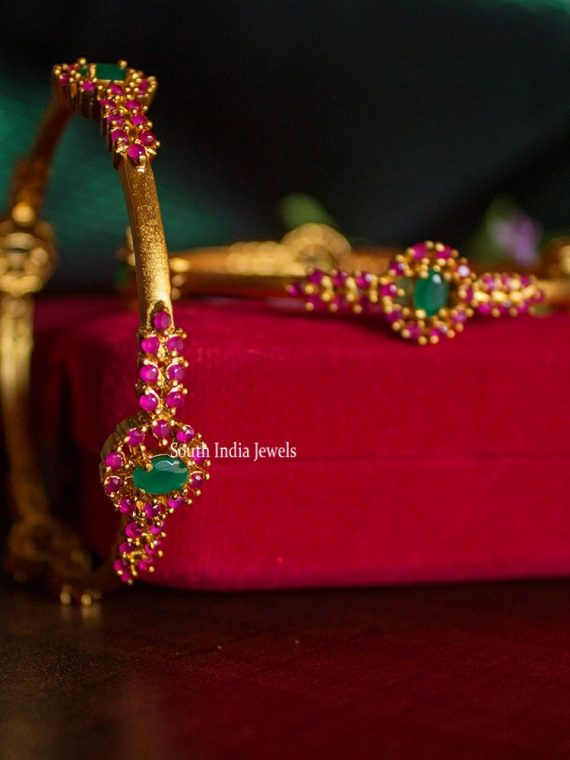 Traditional Ruby Green Stone Bangles-01