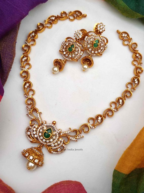 Elegant Lotus Design Necklace with Earrings