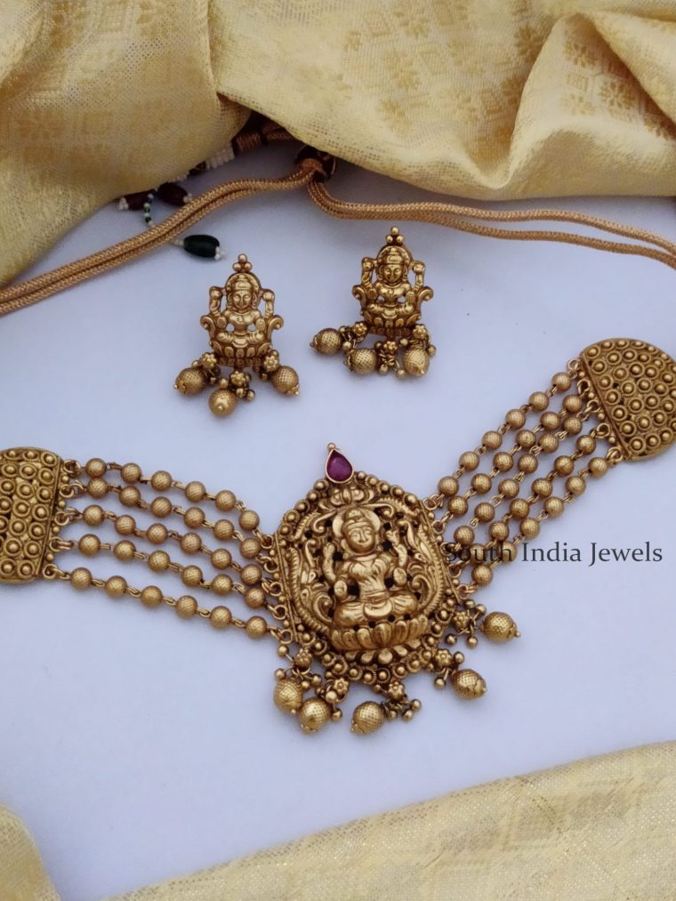 Antique Temple Lakshmi Gold Beaded Choker-01