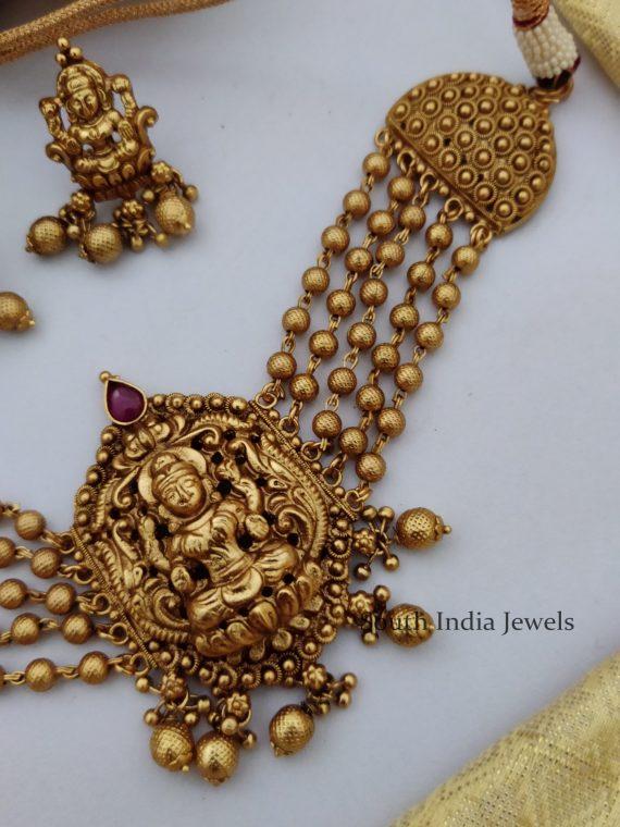 Antique Temple Lakshmi Gold Beaded Choker-02