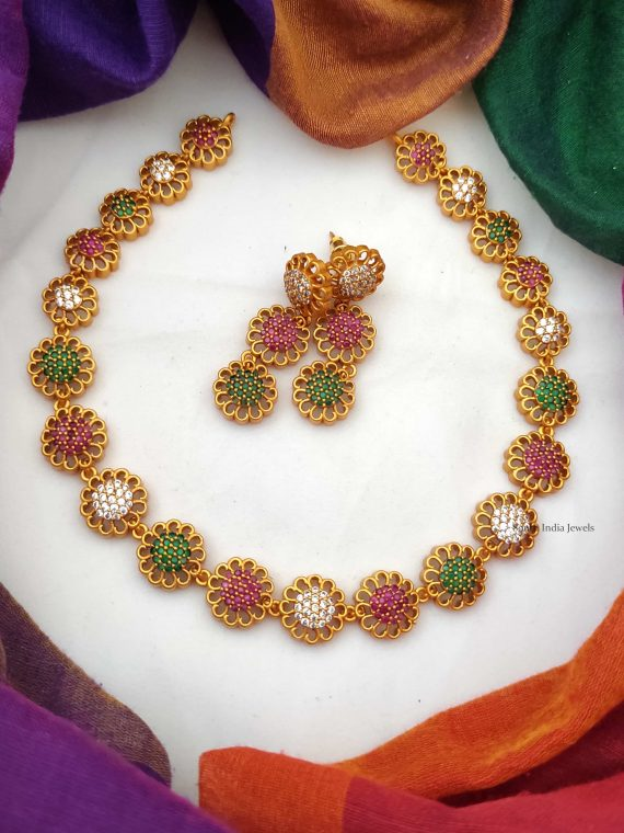 Beautiful Flower Design Ruby Emerald Necklace-01