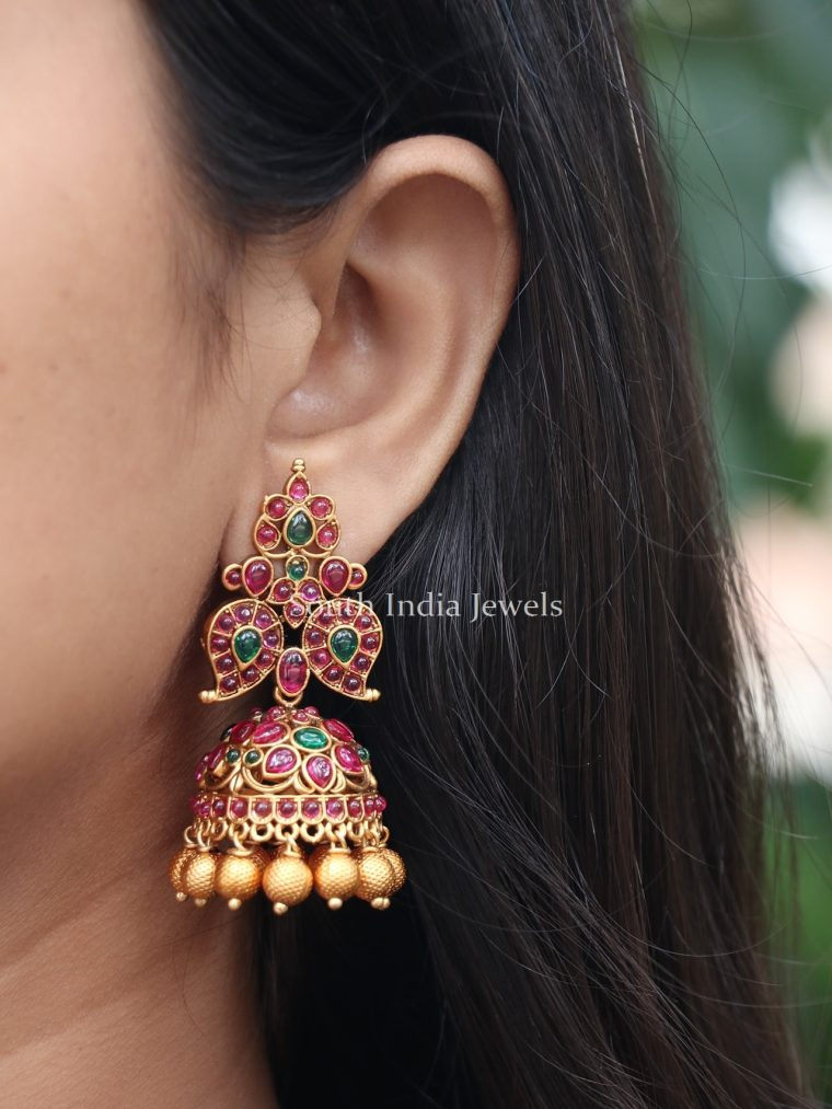 Beautiful Kemp Stone Jhumka