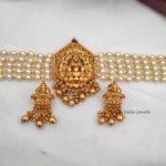 Beautiful Lakshmi Pendant Choker-05