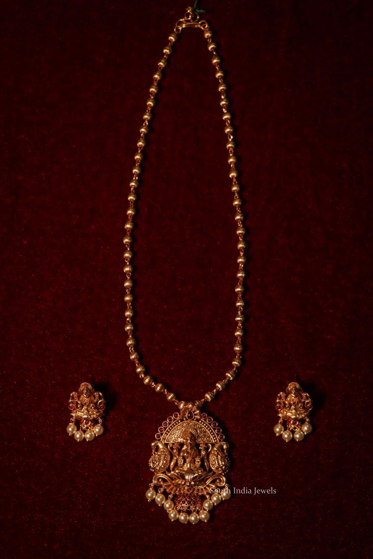 Beautiful Lakshmi Pendant Simple Chain