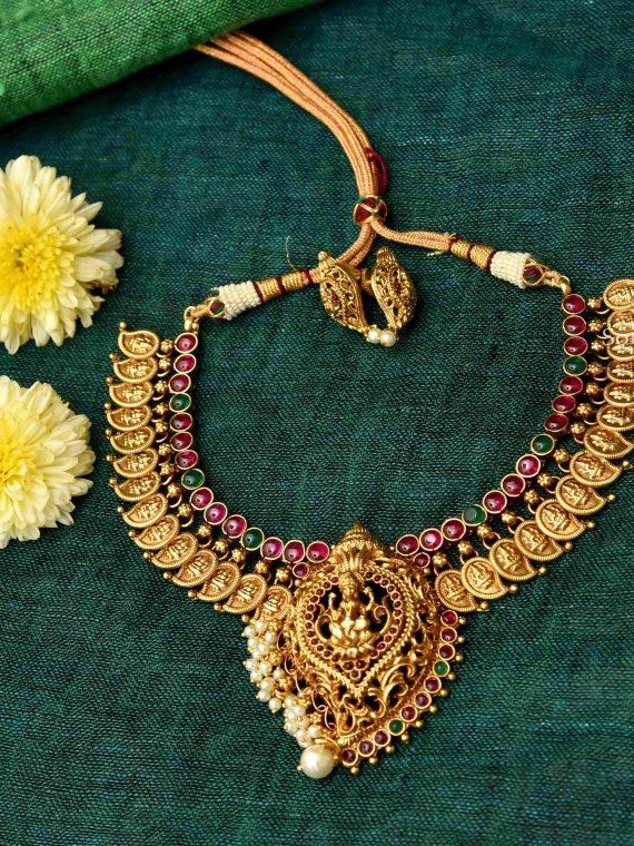 Elegant Kemp Stone Lakshmi Design Necklace