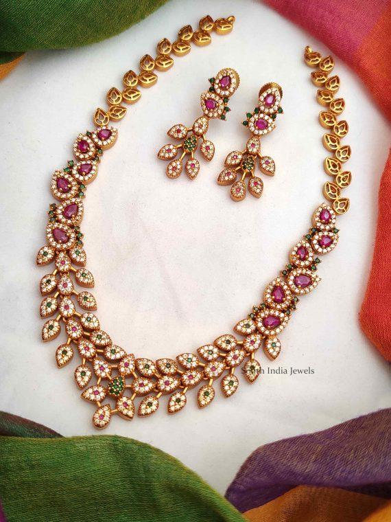 Elegant Leaf Design Necklace with Earrings