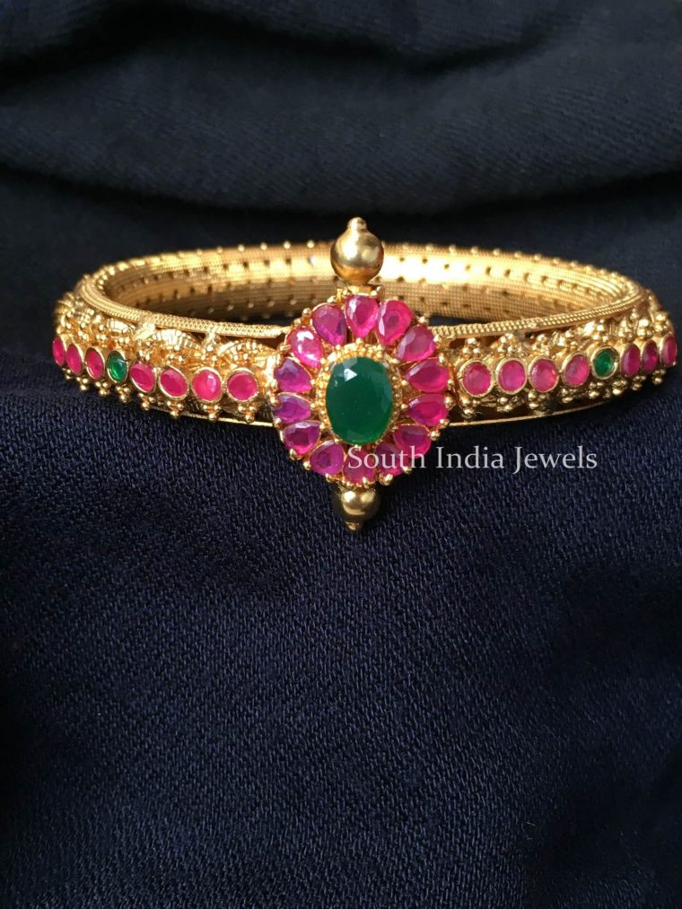Elegant Matte Finish Kada Bangle