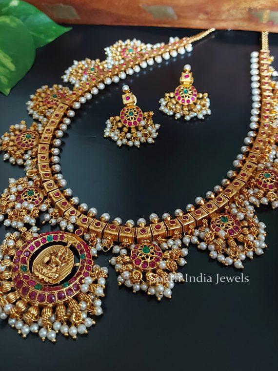 Grand Pure Kemp Lakshmi Pendant Guttapusalu Haram-01