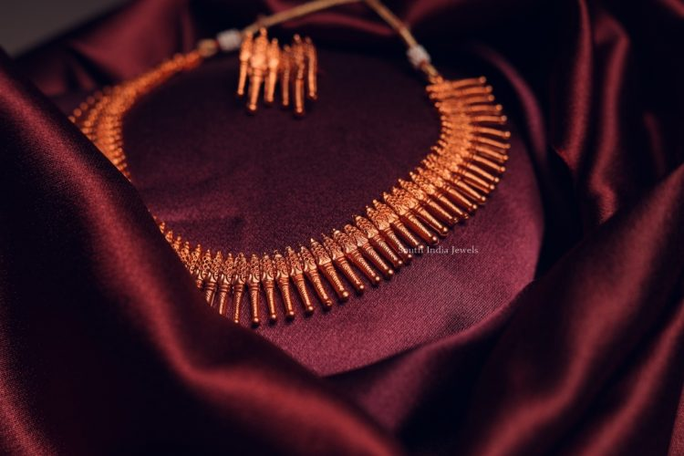 Imitation Spike Necklace with Earrings