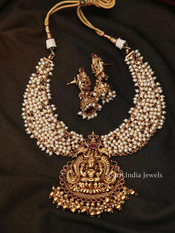Traditional Lakshmi Pendant Necklace-01