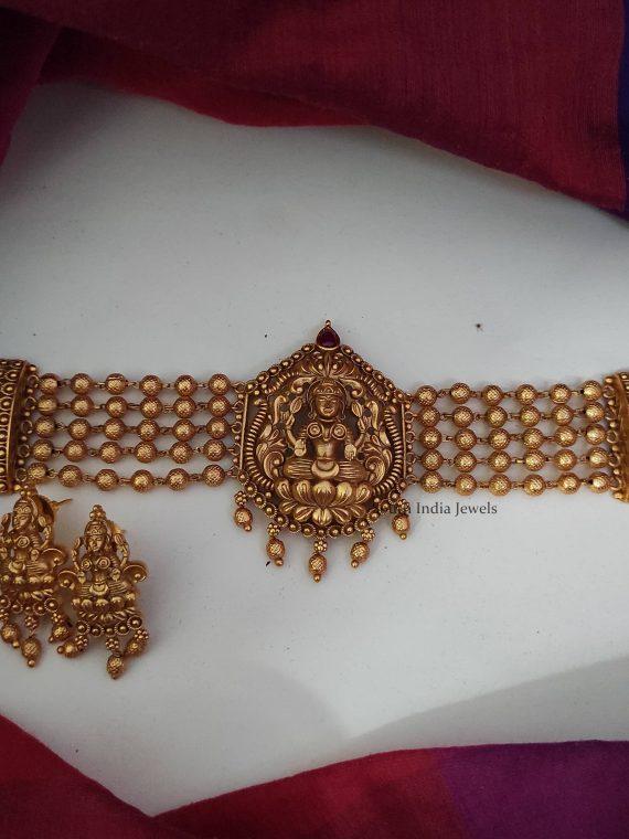 Traditional Wear Lakshmi Design Choker