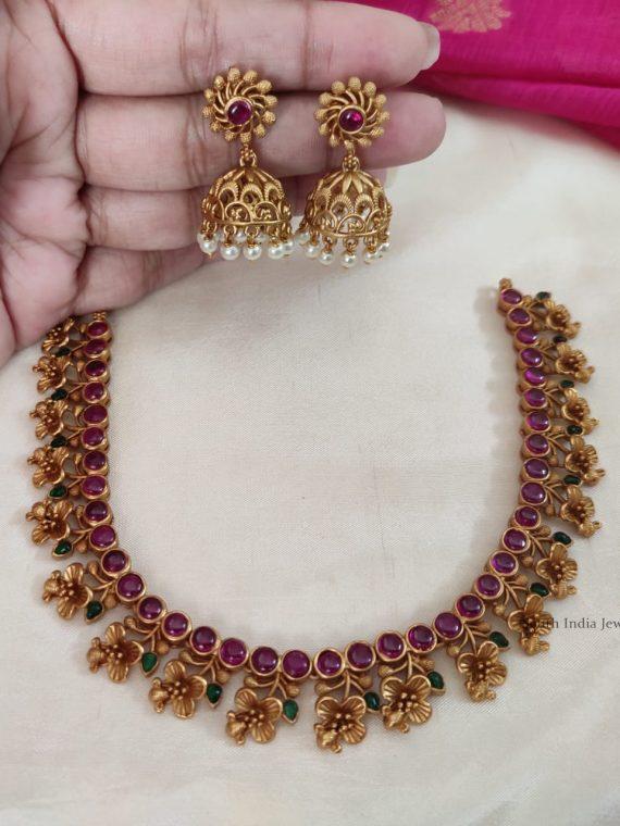 Unique Flower Design Kemp Stone Necklace