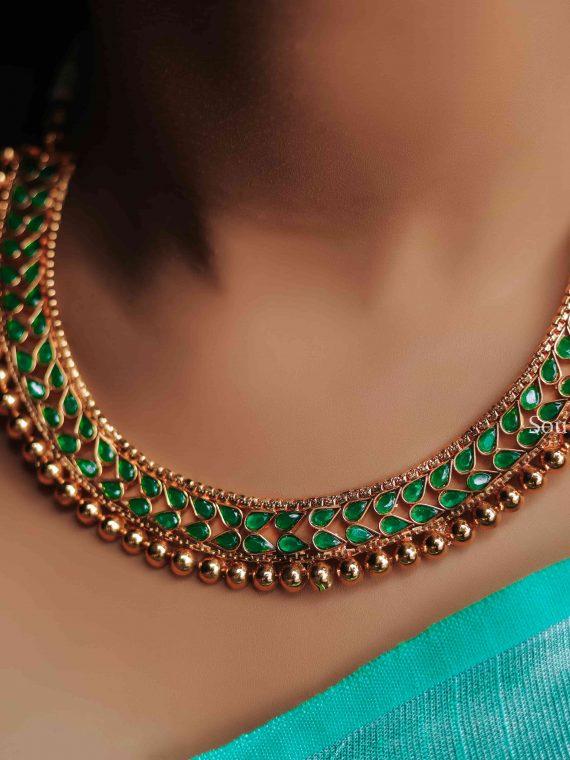 Beautiful Emerald Teardrop Necklace