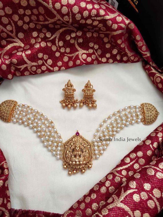 Classic Pearls Lakshmi Pendant Choker