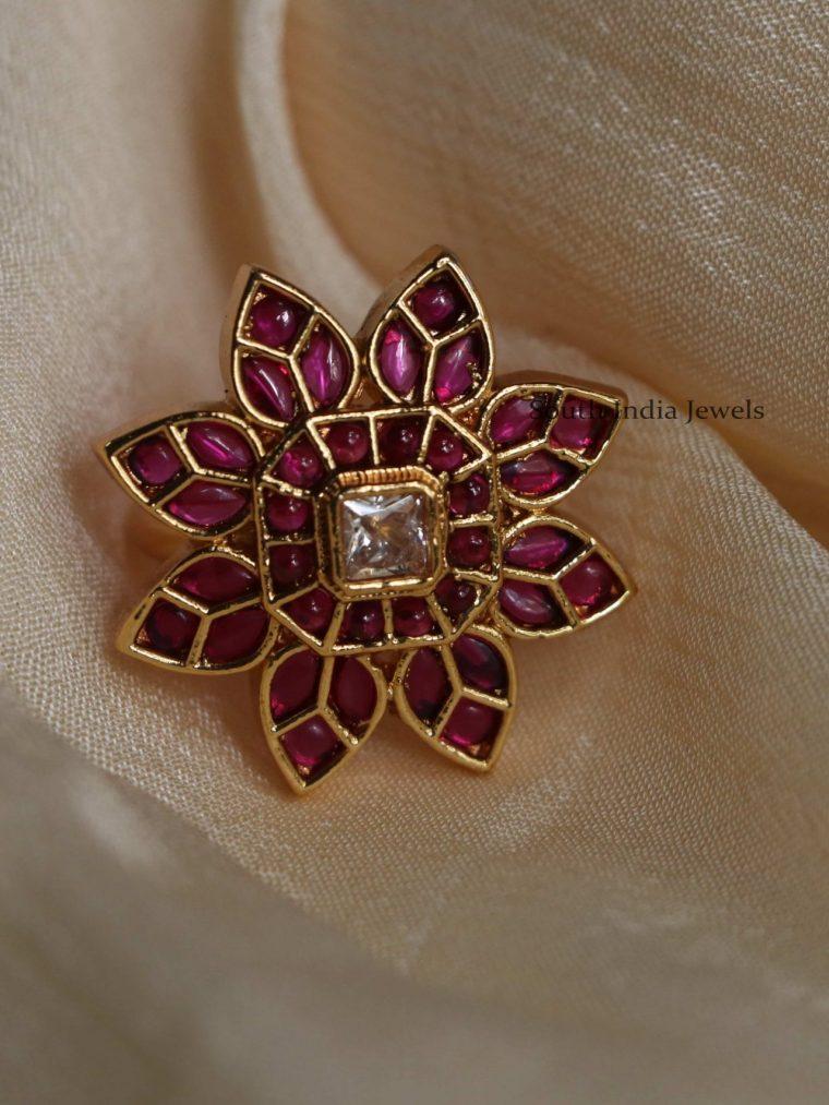 Elegant Sunflower Design Finger Ring