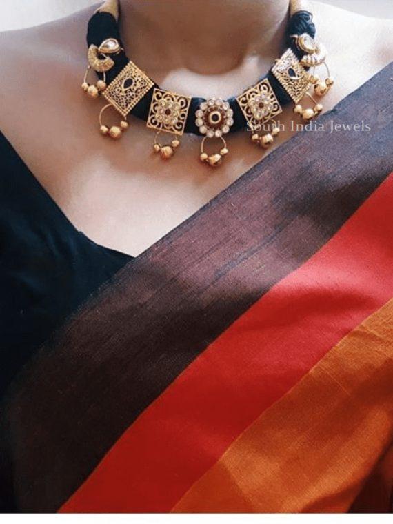 Grand Black Thread Necklace