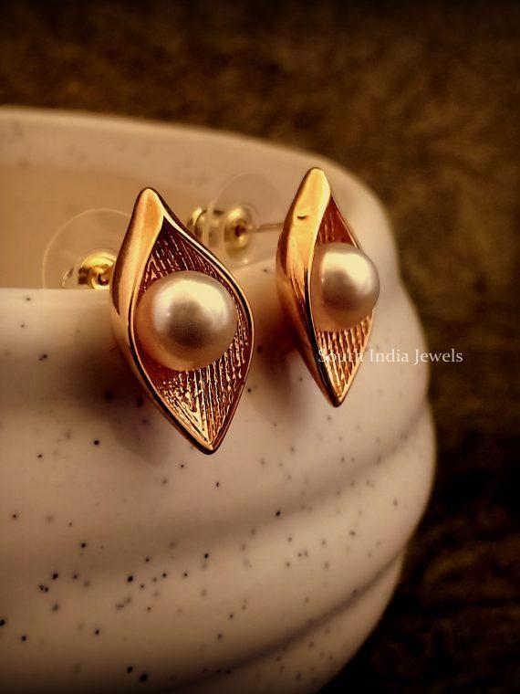 Simple Pearl Designer Ear Studs