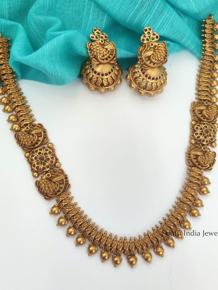 Unique Matte Finish Necklace with Jhumkas-01