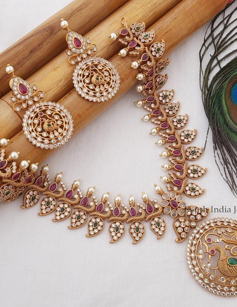 Gorgeous Mango Design Necklace