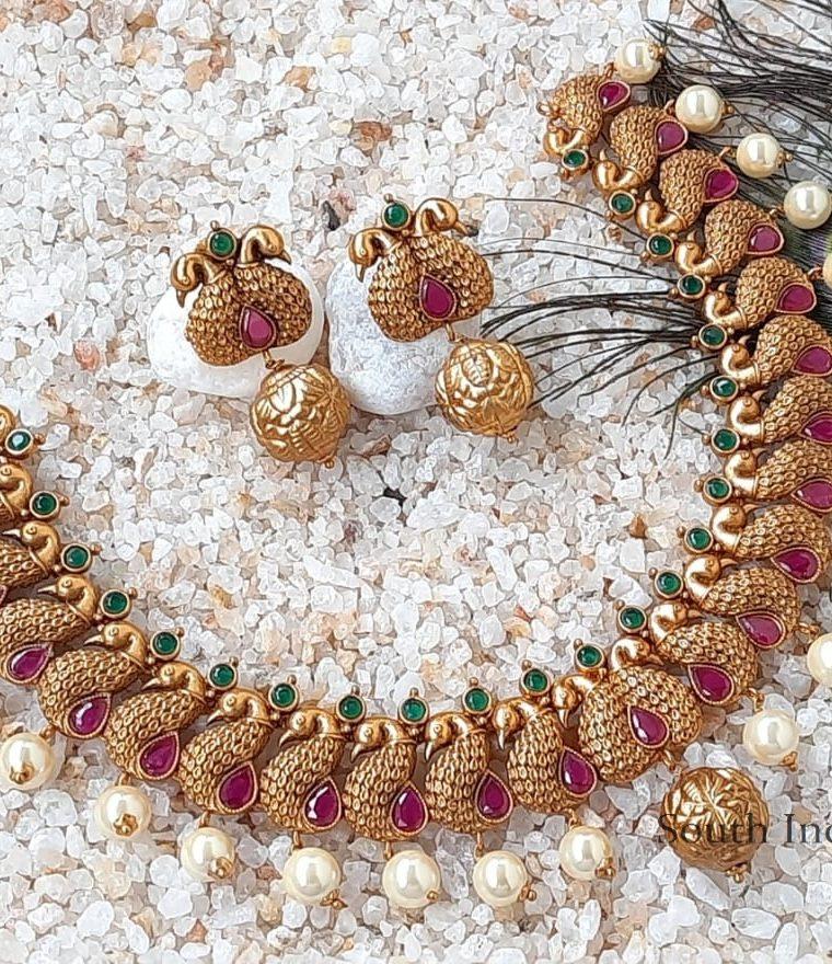 Gorgeous Peacock Design Necklace