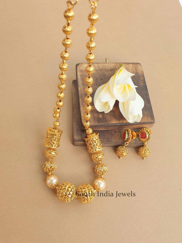 Pretty Antique Necklace and Earrings