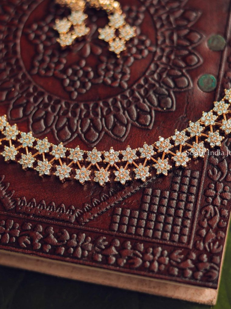 Stunning Star Necklace and Earrings-01