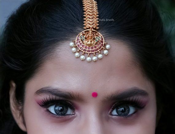 Traditional Lakshmi Maang Tikka