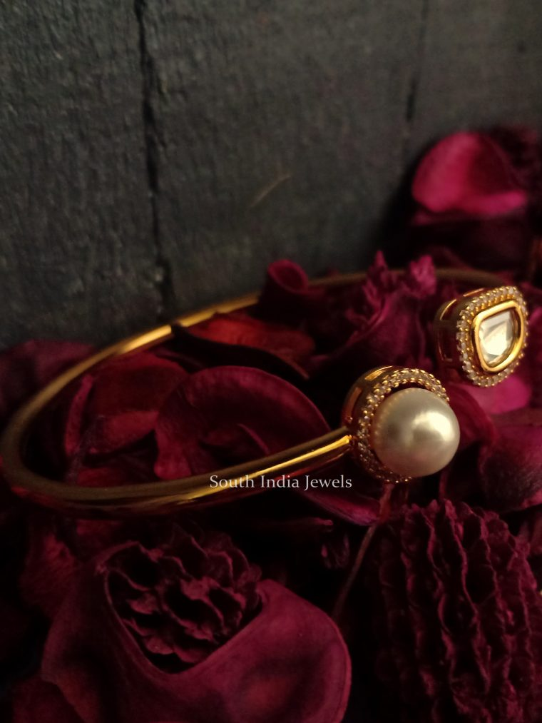 Uncut Stone and Pearl Studded Bracelet Bangle