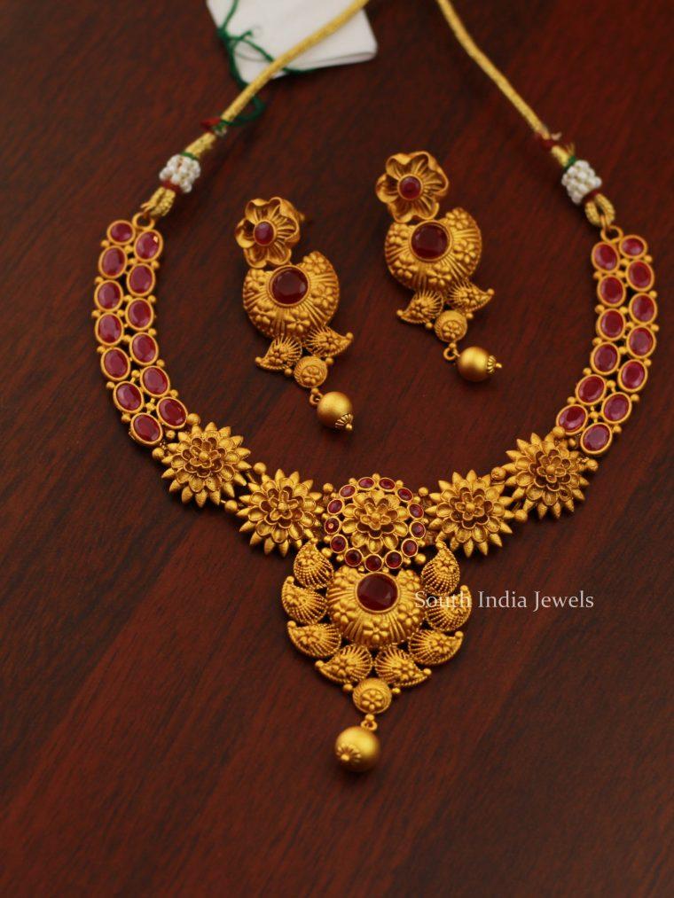 Antique Floral Design Necklace