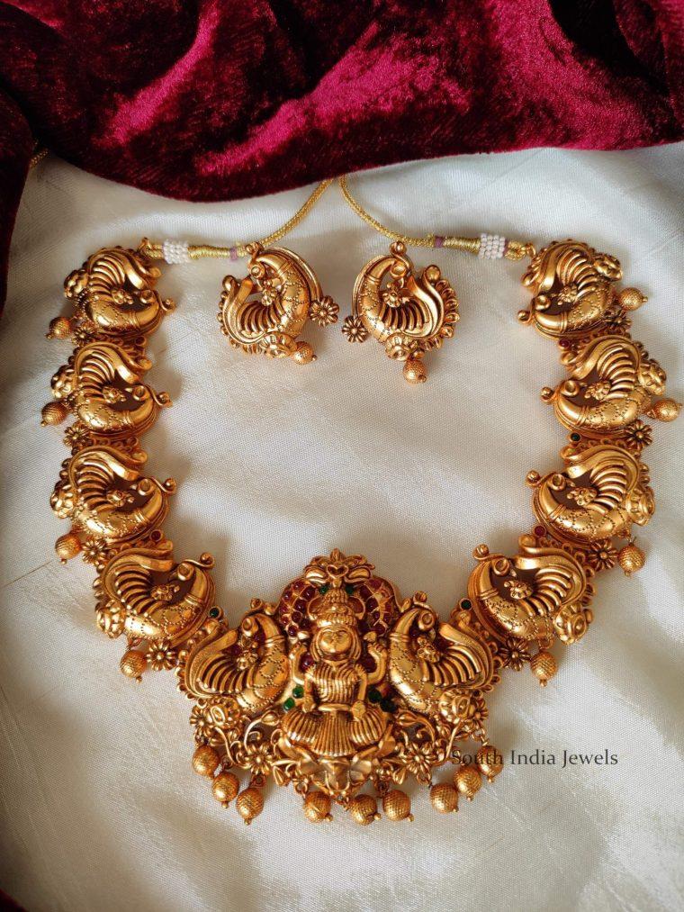 Beautiful Lakshmi Peacock Design Necklace (3)