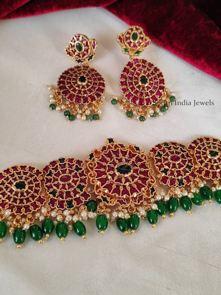 Bridal Real Kemp with Emeralds Choker