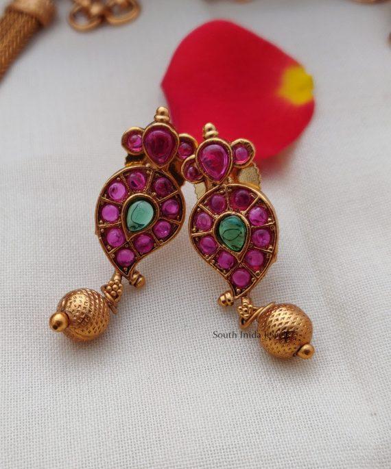 Elegant Kemp Mango Design Necklace