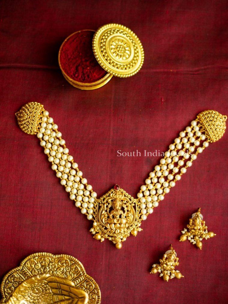 Exquisite Lakshmi Nagas Choker