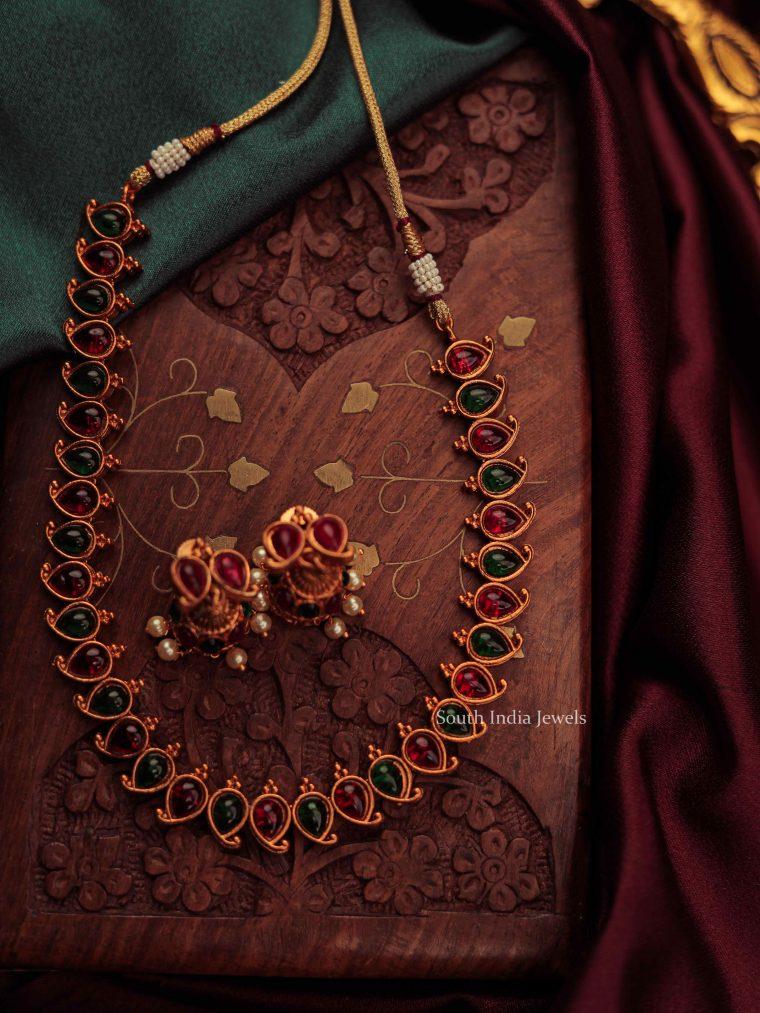 Exquisite Paisley Antique Finish Necklace-02