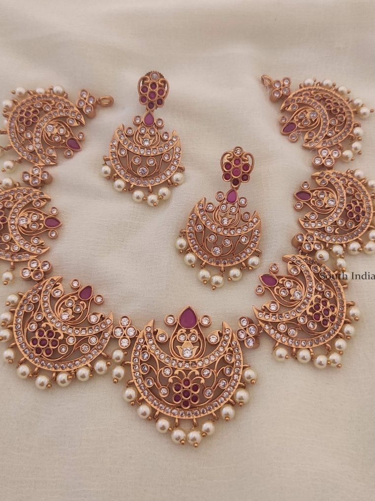 Gorgeous Chand Style Necklace