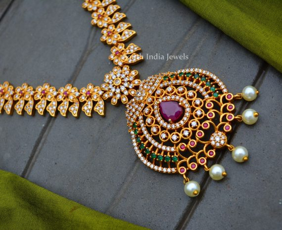 Gorgeous Flower Design AD Necklace (2)