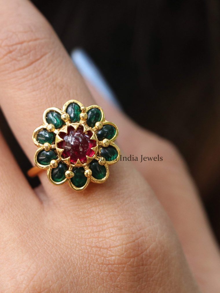 Gorgeous Ruby & Green Kemp Finger Ring